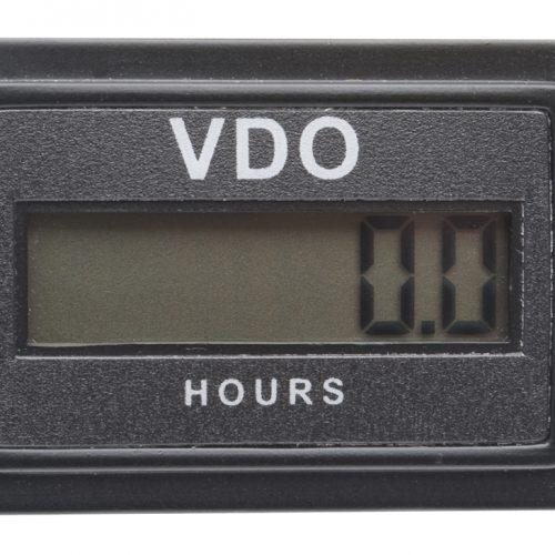 VDO RECTANGULAR RE-SETTABLE LCD HOURMETER 331.535