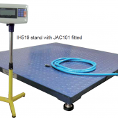 IH 1949 COMBO PLATFORM SCALE AND INDICATOR 1500KGX0.5KG